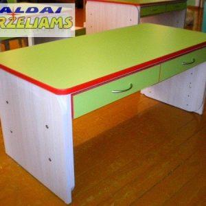 Reguliuojamo aukščio 2 vietų staliukas